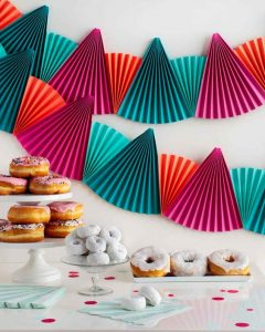 pleated_paper_banner