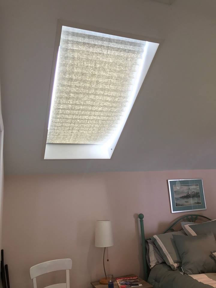 Installing Shades in a Skylight (Original Light Filtering)